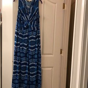 New Directions blue and white maxi dress